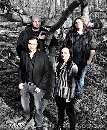 Wolf Clan - Photo