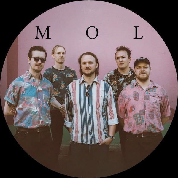 Møl - Photo