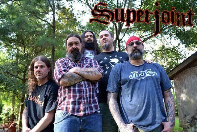 Superjoint - Photo