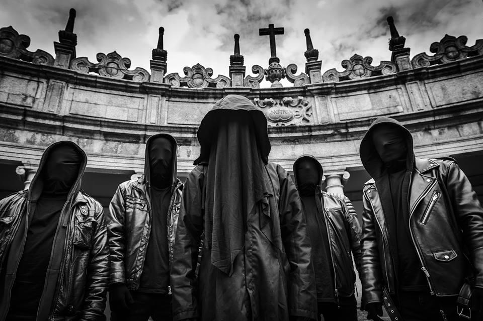 The Ominous Circle - Photo