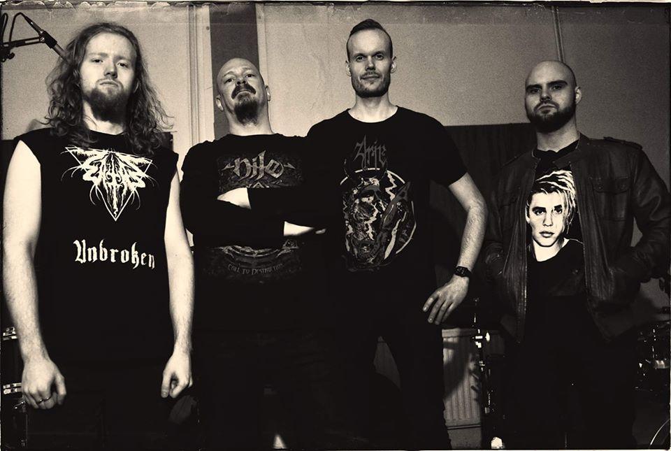 Grave Superior - Photo