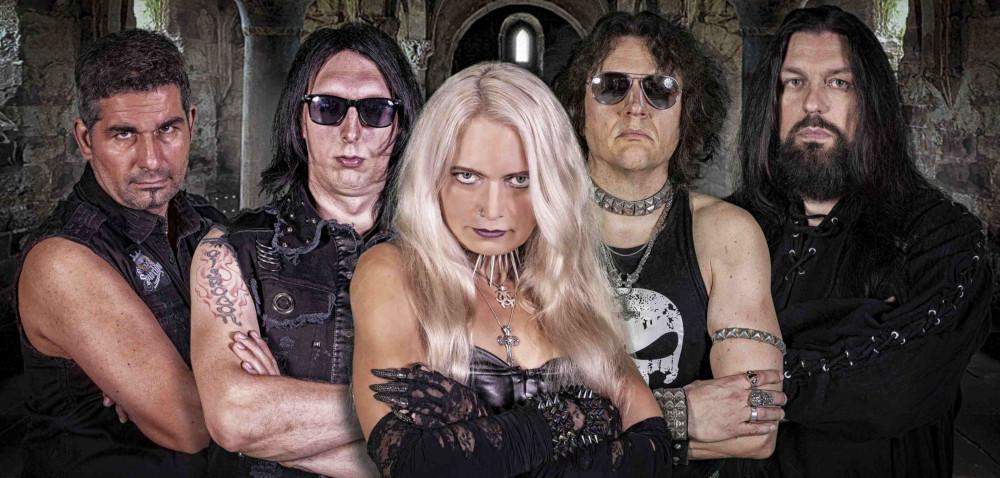 Queen of Distortion - Photo