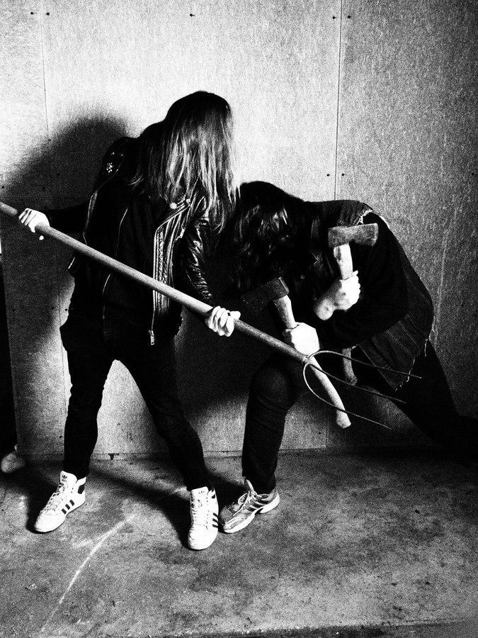 Persecutor - Photo