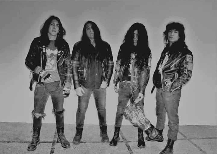 Vulvanic - Photo