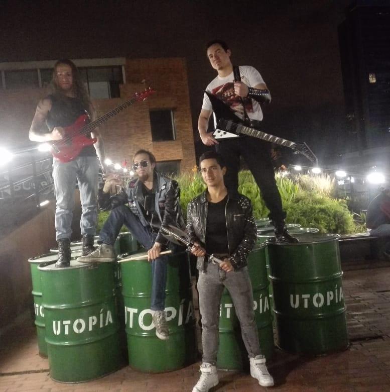 Gradior - Photo