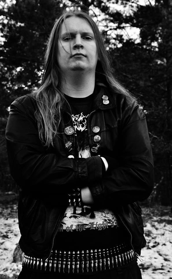 Erik Molnar