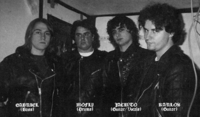 https://www.metal-archives.com/images/3/8/1/2/38125_photo.jpg
