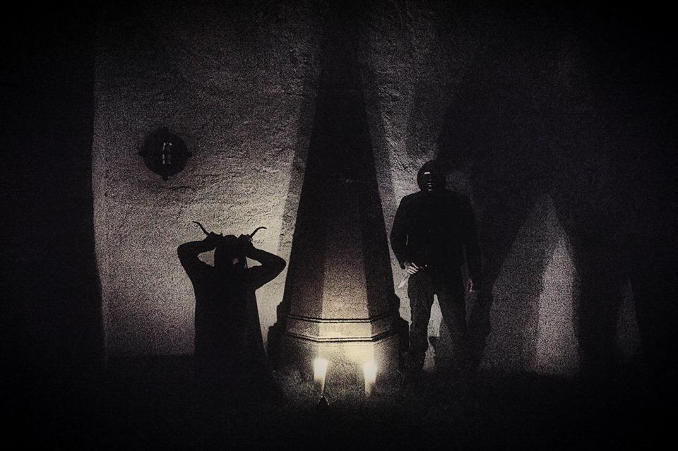 Black Candle - Photo