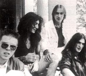 https://www.metal-archives.com/images/4/1/8/6/41863_photo.jpg