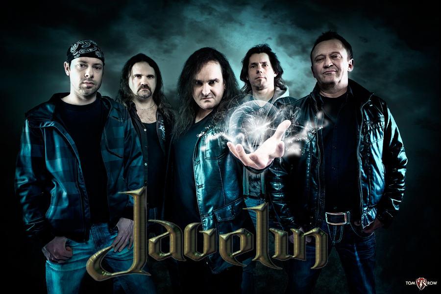 Javelin - Photo