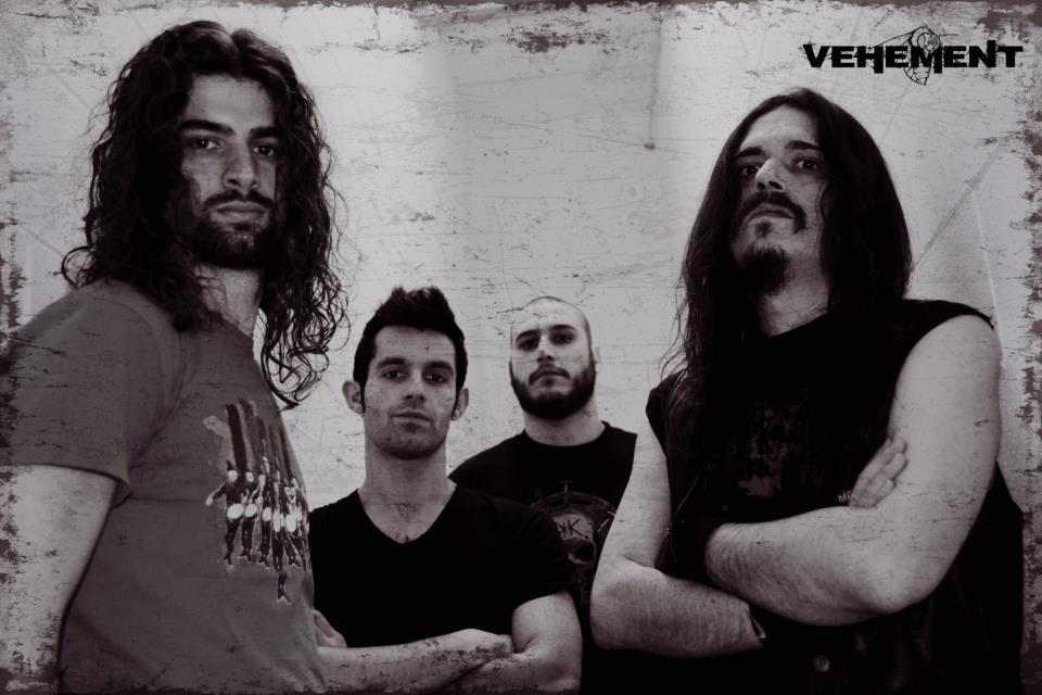 Vehement - Photo
