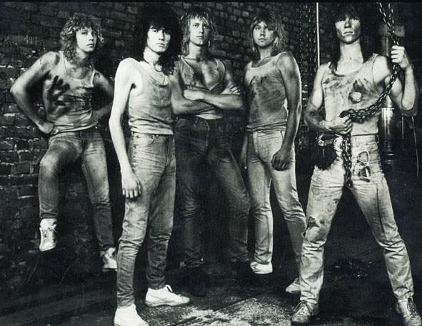 Overdose - Photo