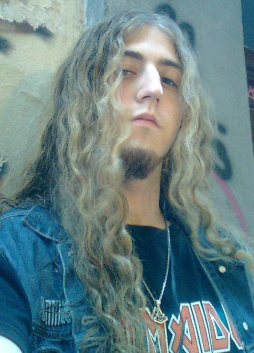 Luis F Vilches