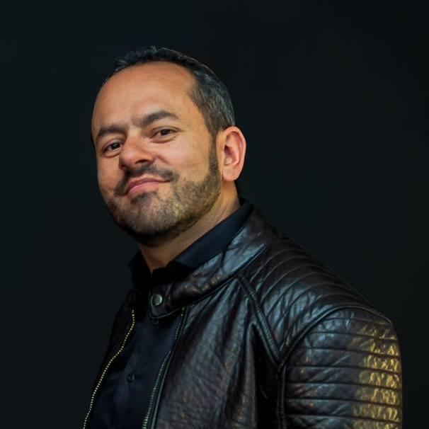Oscar Riaño