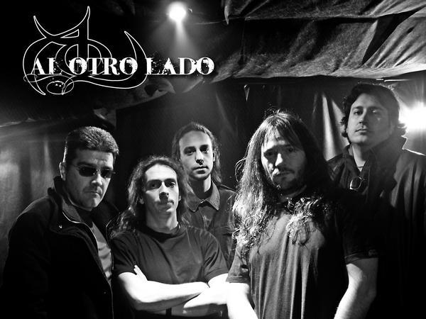 Al Otro Lado - Photo