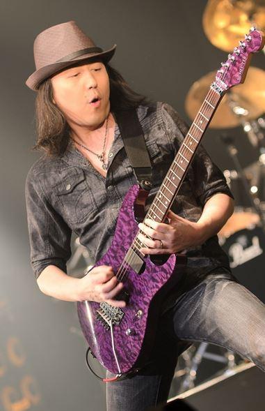 Akio Shimizu