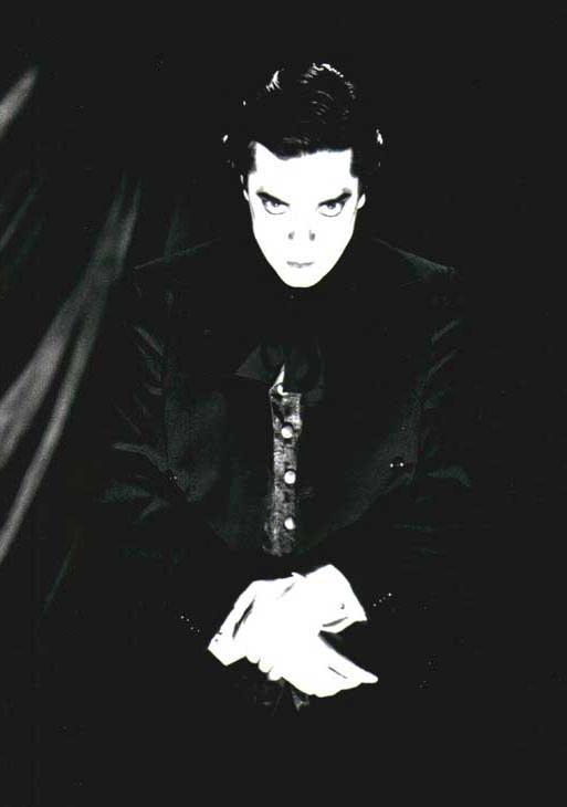 Devil Doll - Photo
