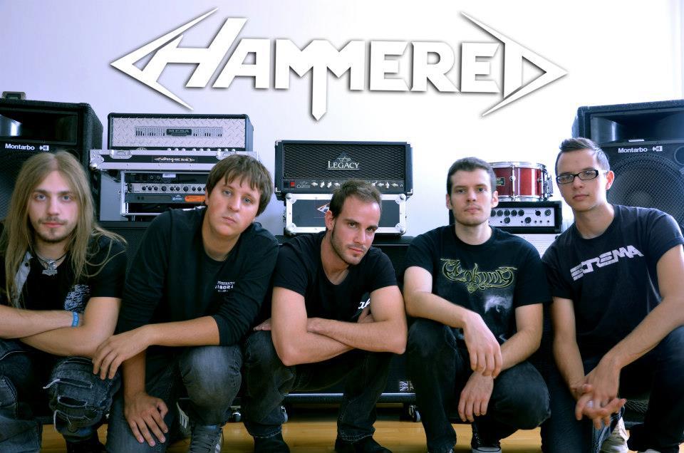 Hammered - Photo