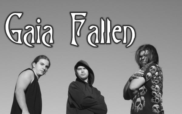 Gaia Fallen - Photo