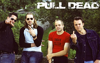 Pull Dead - Photo
