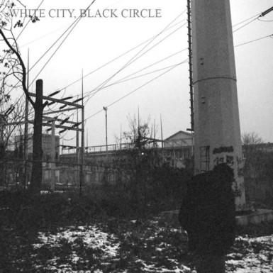 Bròn - White City, Black Circle