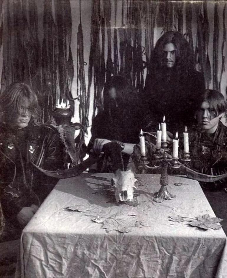Darkified - Photo