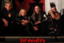 Slik Helvetika - Photo