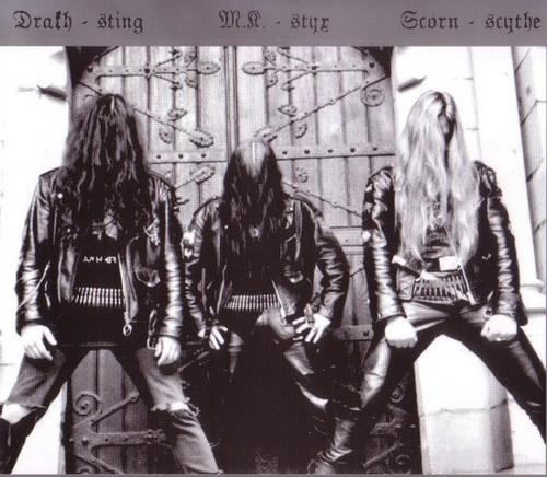 http://www.metal-archives.com/images/8/4/1/1/8411_photo.jpg
