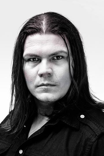 Erik Karhatsu