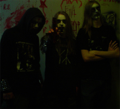 Revolter - Photo