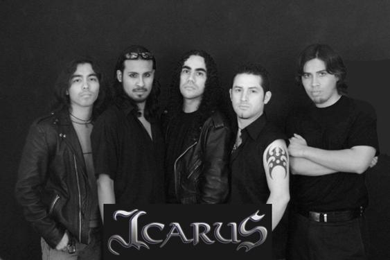 Icarus - Photo