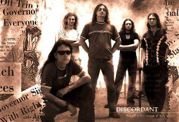 Discordant - Photo