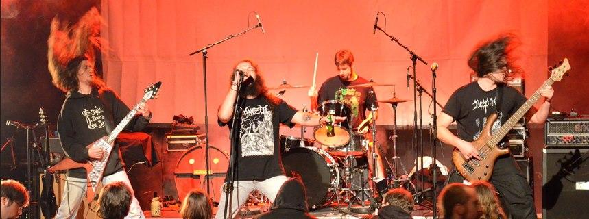 The Bottle Doom Lazy Band - Photo